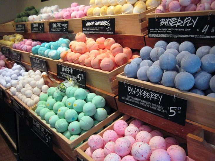 Medicinal Benefits of Using Cannabis Infused Bath Bombs